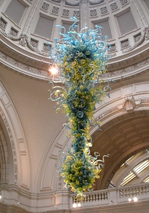 Chihuly Chandelier, Victoria & Albert Museum London - Travel  England